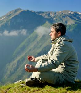 meditation-famille-montagne